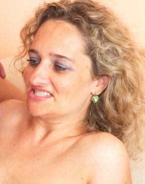 This horny housewife loves to play with her toyboy