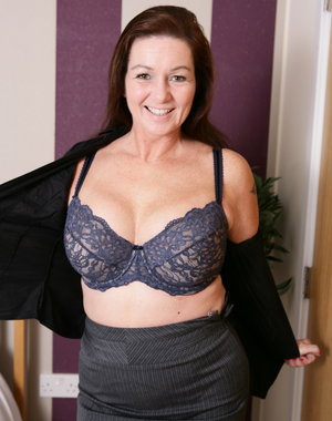 Big breasted British housewife sure loves to tease