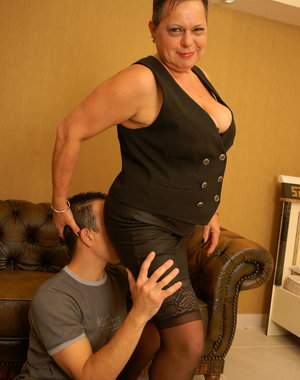 Big mama fucking the dude next door