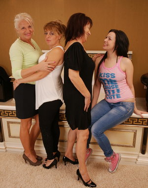 Four old and young lesbians have great fun all together