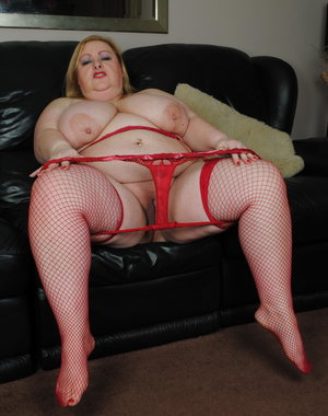 This naughty BBW loves to get wet and wild