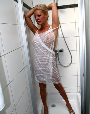 Naughty blonde housewife getting frisky