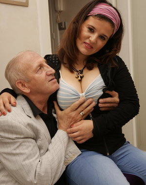 Horny babe doing a dirty old man