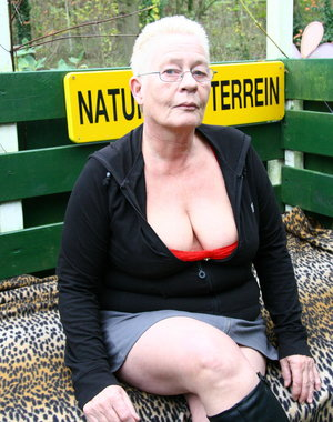 Mature nudist love to get kinky in public