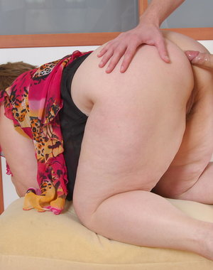 Big mama fucking and sucking her ass off