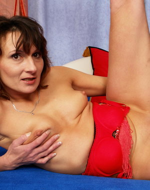 Horny Housewife Stepanka gets naughty all by herself