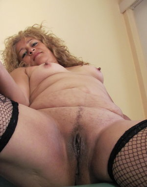 Mature blonde Carolina loves to get a bit freaky naughty