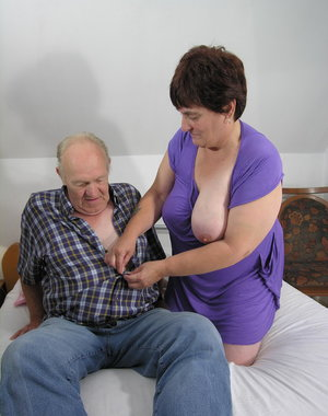 Kinky mama doing two mature men