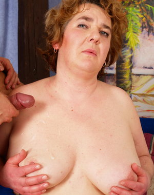 Big mature woman doing a strapping young lad