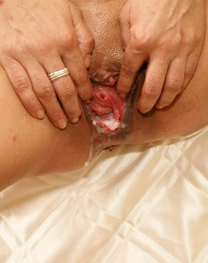 This kinky mature slut loves a black mans creampie
