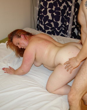This big mama loves to get fucked by two guys at once