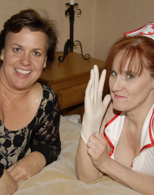 Mommy loves it when a mature nurse is fisting her