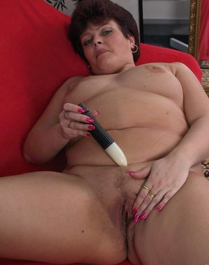 Mature chubby slut playing with herself all day long