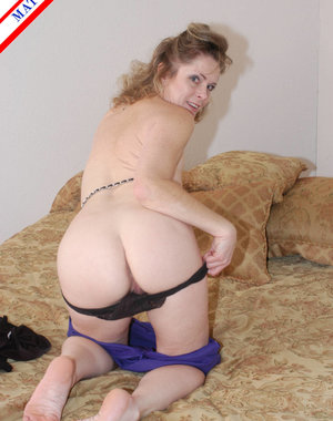 This horny american housewife loves a hard cock