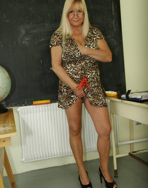 Mature big titted teacher fucking and sucking hard