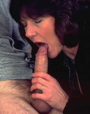 Horny mature slut sucking and playing