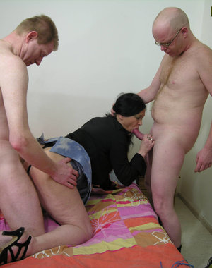 Horny housewife getting fucked by two dudes