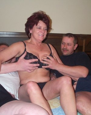 Thats one horny mature threesome
