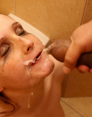 Horny mature slut taking down on the toilet