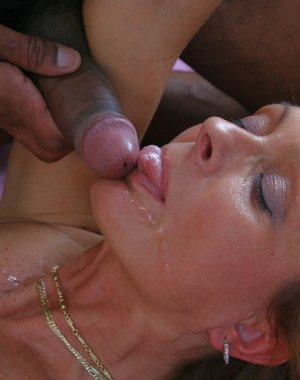 Kinky mature nympho getting down with a black horny guy