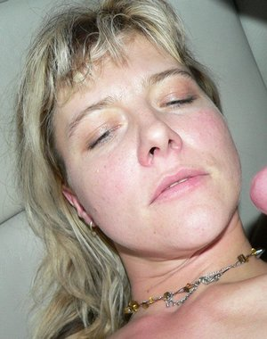 This hot MILF gets a mouth full of cum