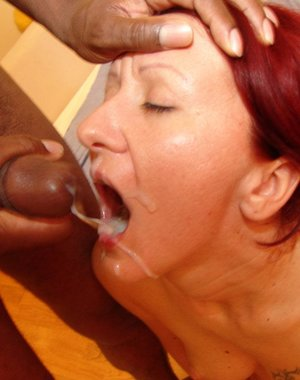 Mature interracial kinky threesome