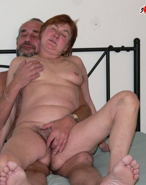 Hot mature sexcouple having freaky fun
