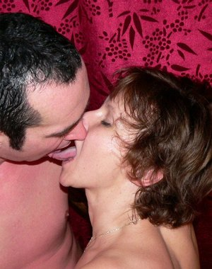 cum swallowing mature
