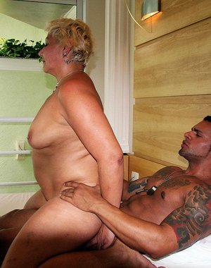 chubby mature doing it doggystyle