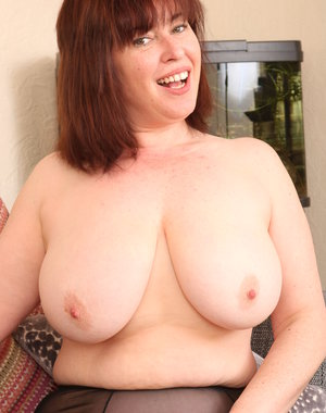 Chubby big breasted British housewife playing with her hairy pussy