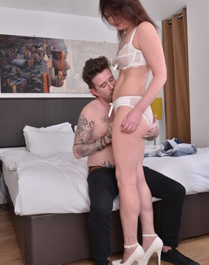 Hairy British housewife doing her younger lover