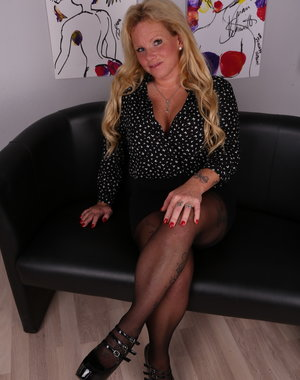 Horny German housewife getting very frisky