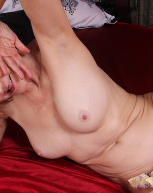 Naughty American mature lady getting frisky