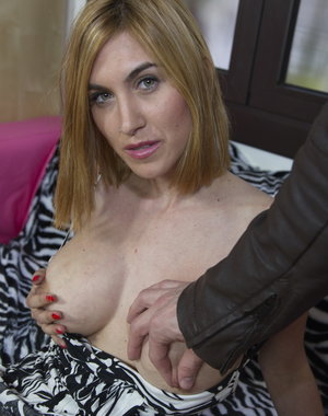Naughty Mom getting the POV treatment