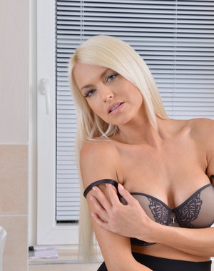 Hot steamy blonde mom getting very frisky