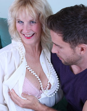 Blonde British housewife getting naughty
