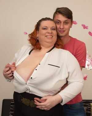 Huge breasted mature BBW doing her younger lover