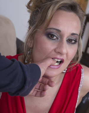 Naughty housewife gets it in POV style