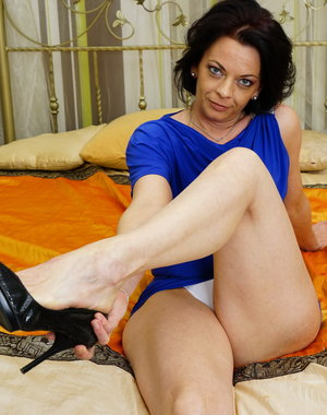 Horny European housewife getting kinky